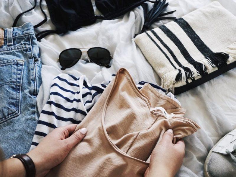 folding-clothes_t20_2JojrV